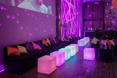 Decoração neon e moderna para a festa de 15 anos - Constance Zahn | 15 anos