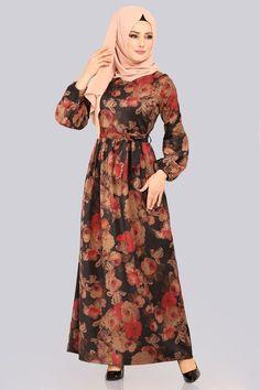 ELBİSE Dijital Çiçek Baskılı Elbise 8154ET345 Siyah Abaya Fashion, Muslim Fashion, Fashion Dresses, Women's Fashion, Batik Muslim, Heavy Lehenga, Hijab Style Dress, Modele Hijab, Muslim Dress