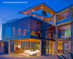 Moderna casa residencial de estilo Contemporáneo como caja de vidrio. Residencia Lemperle en La Jolla, California.