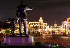 How To Convince Someone To Visit Disney - Disney Tourist Blog
