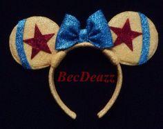 Disney Pixar Minnie Mouse Ears headband by EarzbyBecDeazz on Etsy Disney Diy, Diy Disney Ears, Disney Mickey Ears, Disney Bows, Mickey Mouse And Friends, Disney Crafts, Disney Stuff, Disney Magic, Disney Souvenirs
