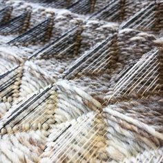 Veronica Pock works with honeycomb, using very thin warp threads with thick handspun wool warp ~ @veronicapock