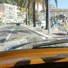 Enjoying the drive on the French Riviera #coastline #promenadedesanglais #roulerenbentley #bentleysquare #montecarlo #ilovenice…