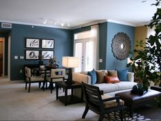 Beautiful wall color! Lincoln Trinity Bluff, Fort Worth, TX - http://www.lincolnapts.com/fort-worth/lincoln-trinity-bluff/photos/