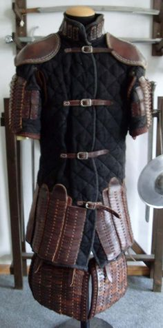 Viking Armor, Medieval Armor, Medieval Fantasy, Armor All, Body Armor, Larp, Types Of Armor, Armor Clothing, Female Armor