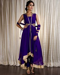 Violet Anarkili with golden border  Kisneel by Pam  #anarkili #india #violet #gold