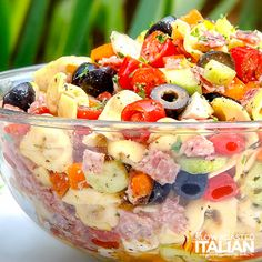 Tuscan Tortellini Pasta Salad recipe is bursting with your favorite Italian fixings and on your table in 25 minutes! You can make the salad ahead of time for the perfect stress-free potluck side that everyone will love! Summer Dishes, Summer Salads, Summer Potluck, Pasta Salad With Tortellini, Cheese Tortellini, Italian Salad, Pasta Salad Recipes, Pasta Salad Dressings, Pasta Meals