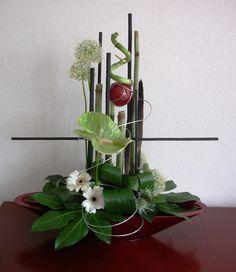 Ook bedrijven voorzien wij van verse bloemstukken.