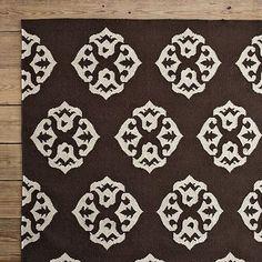 white/brown rug