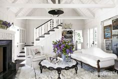 Mix and Chic: Home tour- A chic and dreamy California beach home!