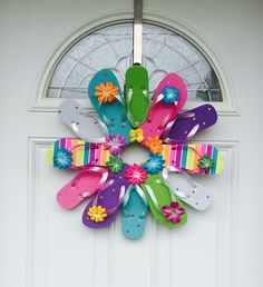 Flip Flop Wreath with Stripes and Colors