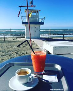 Breakfast on the baech https://aladyinrome.com/2017/02/17/%EF%BB%BFa-winter-walk-in-lido-di-ostia-with-lady/ #beach #breakfast #rome #visitrome #aladyinrome #travel
