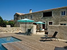 Chez Mackenzie: Luxury Holiday Cottage  Swimming Pool In Small Hamlet ... | HomeAway #vacation #holidayrental #France #bluesky