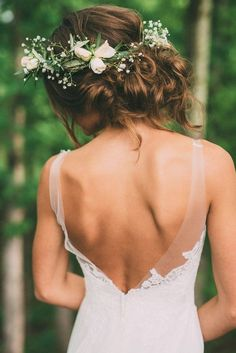 elegant wedding hairstyles decorated with greenery crown