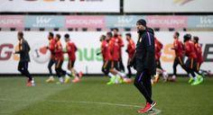 #SPOR Igor Tudor futbolcularına 3'lü sistemi ezberletiyor: Milli arada yoğun tempoda çalışan Sarı-Kırmızılılar'da, teknik direktör Igor…