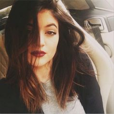 Kylie Jenner's new haircut. Blunt long bob + ombre