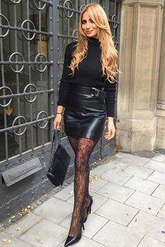 Black Leather Mini Skirt, Sexy Legs And Heels, Patterned Tights, Lovely Legs, Black Stockings, Leather Dresses, Well Dressed, Leather Fashion, Sexy Outfits