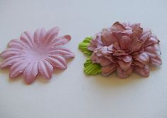 nicnac: A new paper flower tutorial - Use up all those leftover flowers, make the old new again..