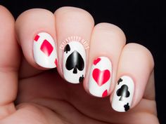 Off With Their Heads! Queen of Hearts Nail Art | Chalkboard Nails | Nail Art Blog