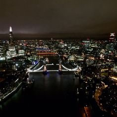 #London all lit up this #evening! #city #nightshot #night #river #bridge #instalike #instafollow #instalondon @london