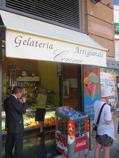 ROMA  -  Gelateria Artigianale Corona (Largo Argentina) Largo Arenula 27