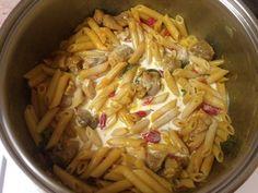 Χοιρινό με πένες αλλιώτικο από τα άλλα Cabbage, Vegetables, Food, Veggies, Vegetable Recipes, Meals, Cabbages, Yemek, Collard Greens