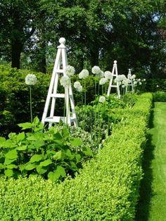 Wooden Obelisk & Painted Garden Obelisks Gallery
