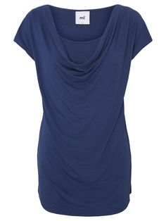 Try this simple and pretty t-shirt from MAMALICIOUS, a great choice for work :-)
