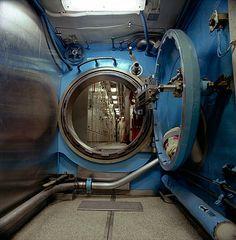 Submarine hatch Amy Eckert http://www.amyeckertphoto.com/sources/mobile/portfolio.php?id=9&art=1#_portfolio_9