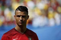 La ville d'accueil de Cristiano Ronaldo and Co' déjà trouvée pour l'Euro 2016 ? - http://www.actusports.fr/113247/ville-daccueil-cristiano-ronaldo-and-co-deja-trouvee-leuro-2016/