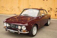 1972 Alfa Romeo GTV 2000 Euro Spec - My old classic car collection Alfa Romeo Gtv 2000, Alfa Romeo Cars, Alfa Cars, Fiat 500, Alfa Gtv, Best Muscle Cars, Ford Classic Cars, Sports Sedan, Sport Cars