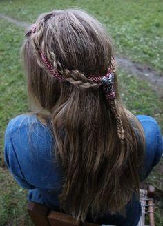 Hair with tablet woven braid
