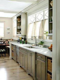 Hellgraue Küchenschränke