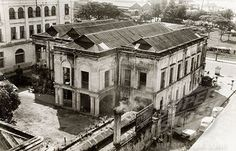 A colonial building in Rangoon. Exterior view of a large, two-storey building belonging to Sydney Webster & Co., a European company based in Rangoon. Old Photos, Vintage Photos, Burma Myanmar, Spring Racing, Colonial Architecture, Yangon, National Archives, Old Building, Modern History