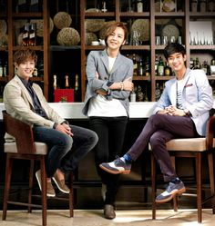 Kim Hyun Joong 김현중, Jang Kung Seuk 장근석, and Kim Soo Hyun 김수현 ~~ too much beauty in one picture !