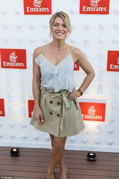 Natalie Bassingthwaighte stuns at Emirates Australian Open event Natalie Bassingthwaighte, Australian Open, Boards, Celebrity, Style, Fashion, Planks, Swag, Moda