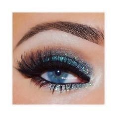 Turquoise glitter smokey eye c Gorgeous Eyes, Gorgeous Makeup, Pretty Makeup, Love Makeup, Make Up Looks, All Things Beauty, Beauty Make Up, Beauty Tips, Makeup Goals