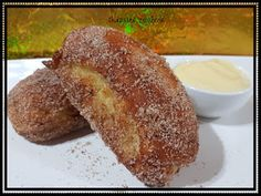 CHEATS DOUGHNUTS (banana, jam and nutella) 12 soft dinner rolls (from supermarket) 2 eggs cup water cup sugar 2 teaspoo. Banana Jam, Dinner Rolls, Doughnuts, Nutella, French Toast, Cakes, Breakfast, Recipes, Food