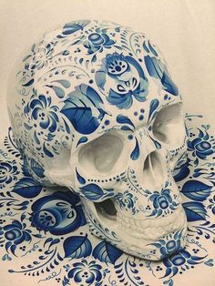 2015 Women's Men's blue and white porcelain Skull Print short T-shirt Top XL Sugar Skull Tattoos, Sugar Skull Art, Sugar Skulls, Crane, Skull Decor, Flower Skull, Skull And Bones, Memento Mori, Macabre