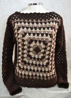 Você faz alguns pontinhos em crochê? Sim..   Você faz aqueles quadradinhos simples? Sim...     Então vamos fazer uma blusa???!!!   Ops... C...