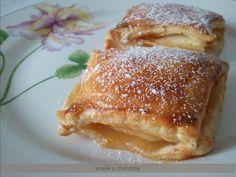 pasteles de hojaldre y manzana