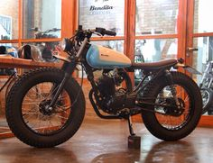 Visit www. for custom motorcycle apparel Bobber Inspiration Bobberbrothers motorcycle Harley davidson custom customs diy Cafe Racer Honda, Honda Scrambler, Cafe Bike, Cafe Racer Bikes, Cafe Racer Build, Cafe Racer Motorcycle, Motorcycle Outfit, Vintage Motorcycles, Custom Motorcycles