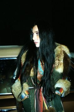 70´s Cher... @Julia Saavedra you look IDENTICAL to her!!!!