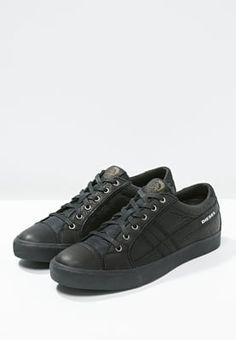 competitive price 3175f 0c672 Diesel D-STRING LOW Sneakers black