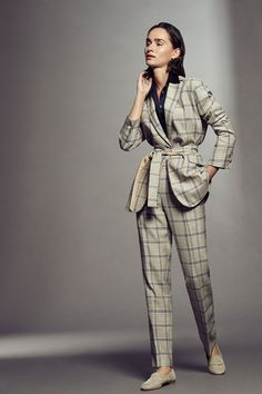 Kiton spring 2019 ready-to-wear collection - vogue fashion week 2019 moda, Vogue Fashion, Fashion Show, Fashion Trends, Fashion Spring, Fashion Stores, Fashion Websites, Paar Style, Business Outfit Frau, Business Outfits