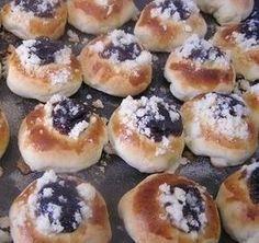Moravské buchtičky (fotorecept) - Recepty - Varecha.sk Y Recipe, Bagel, Food Dishes, Doughnut, Sweet Recipes, Food And Drink, Sweets, Bread, Cookies