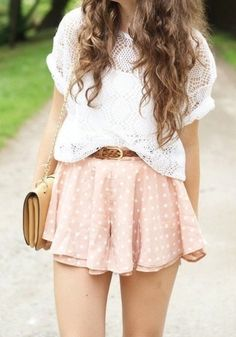 Imagen vía We Heart It #fashion #outfits #skirts #tumblr #cute