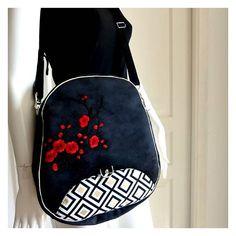 jo sur Instagram: C'est un sac que je viens de coudre. Vous connaissez le Limbo @sacotin ? Mi sac à dos, mi besace il est super pratique ! . Tous les details…
