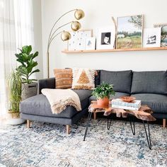 best minimalist living room designs with which you can be at home . - best minimalist living room designs with which you can be at home 1 Living Room Sets, Living Room Furniture, Gray Couch Living Room, Modern Furniture, Living Room Lamps, Outdoor Furniture, Design Furniture, Bedroom Sets, Bedroom In Living Room
