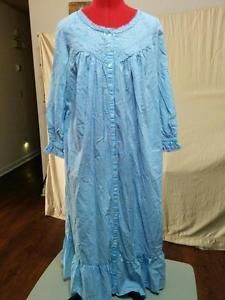 """Light Blue Robe 100% Cotton Button Up Vicki Wayne Size S Lace Trim Side Pockets """